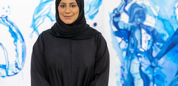 """الفنانة التشكيلية القطرية منى البدر قيمة معرض """"ماذا لو"""""""