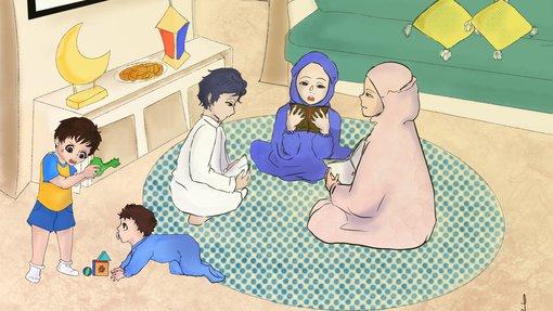 لوحة تظهر عائلة مسلمة في غرفة الجلوس تقرأ القرآن بينما الأطفال يلعبون في الأرجاء